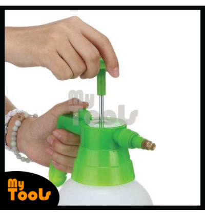 2 Litre Manual Pressure Sprayer Pump Spray Chemical Weed Killer Water Plants Garden With Handle Lock